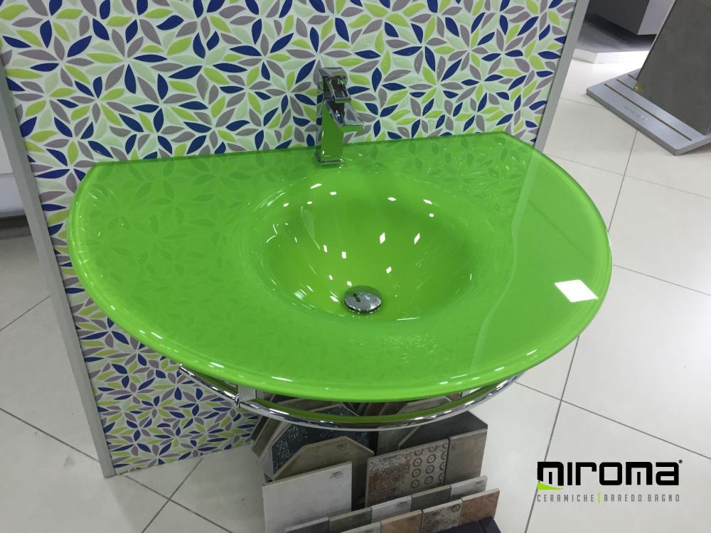 lavabo-in-vetro-top-cristallo-VETROCOLOR-€-80000-iva-compresa